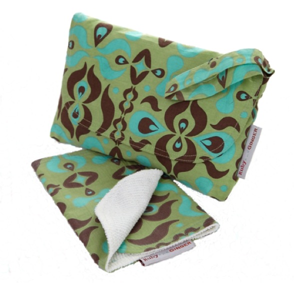 Ruby and Ginger Nappy Purse and wipes holder review