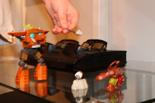SKYLANDERS GIANTS MEGA BLOKS playing with skylanders