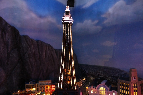 Places to go with kids: legoland manchester - LEGO blackpool tower