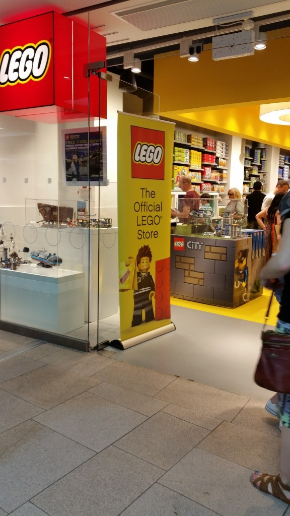 Places to go with the kids: LEGO Store - Trinity Centre Leeds 1st Birthday