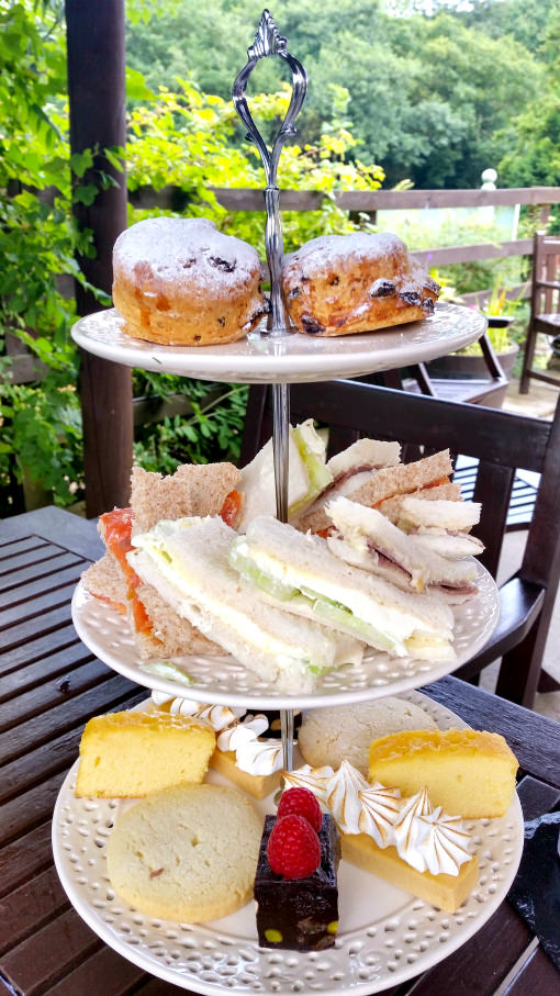 ox-pasture-hall-afternoon-tea-cakes