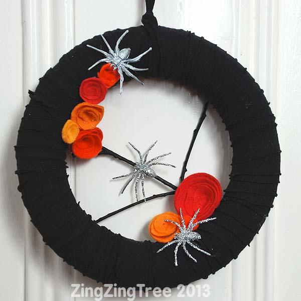 upcycled-halloween-wreath