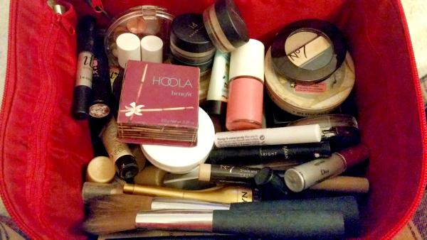 makeup tips and tricks makeup bag cleaned