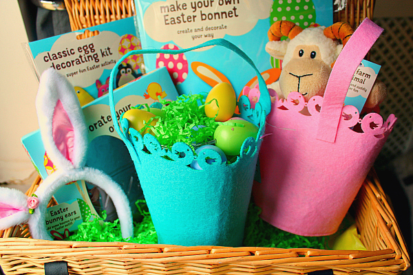 Easter gifts - How to make an Easter Basket on a Small Budget - The Basket
