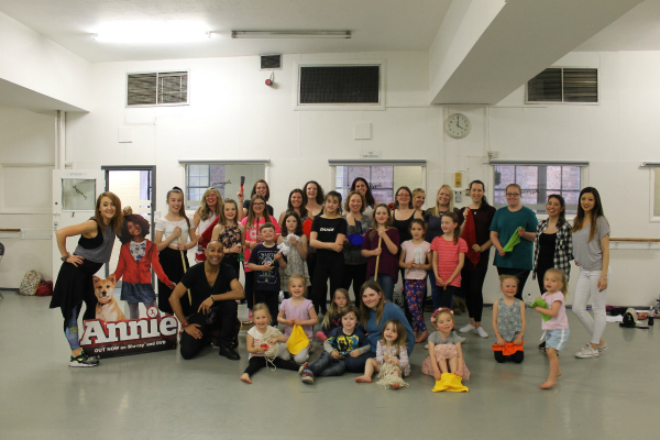 """Family Movies - Annie Dance Workshop """"It's a hard knock life"""" The Annie group"""