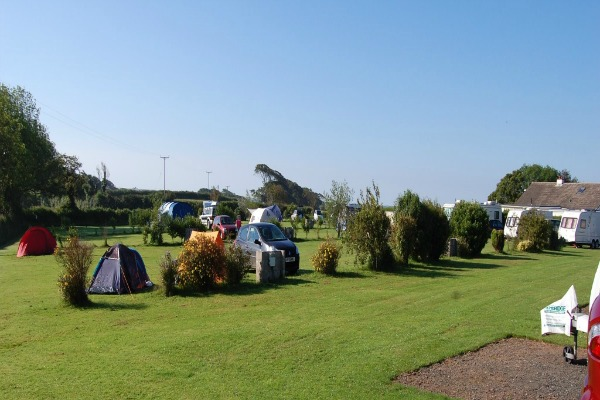 Places to go with kids|UK Campsites Parkland Caravan and Camping Site, Devon