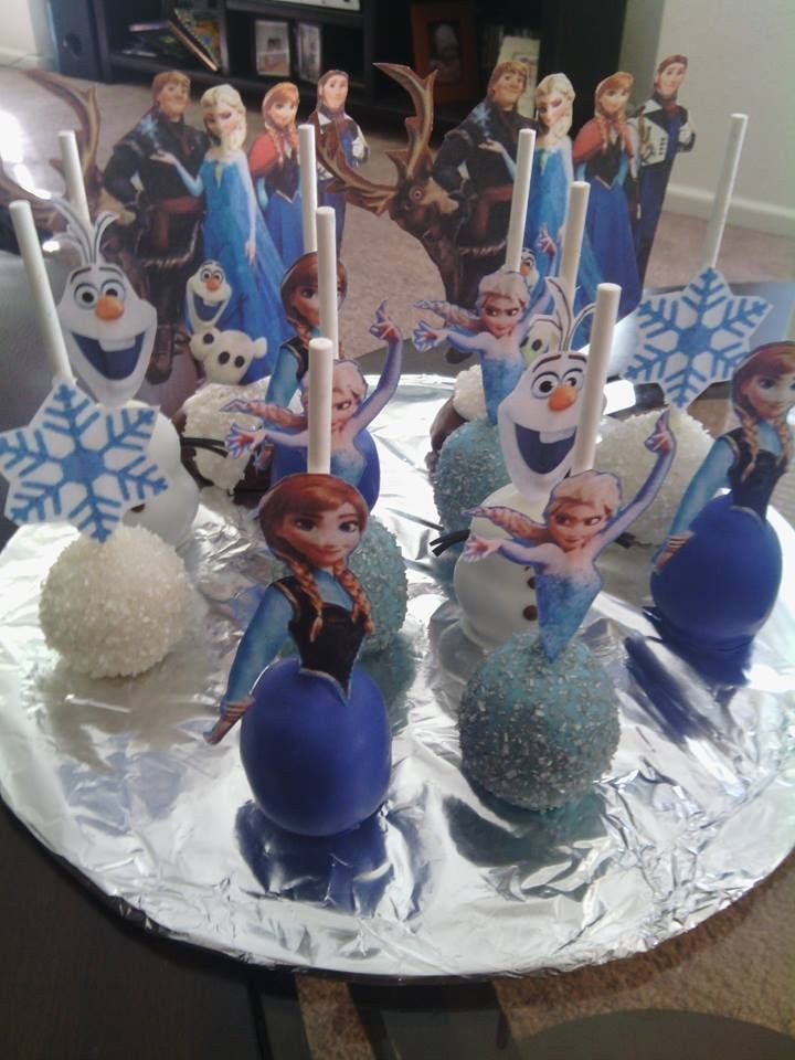 Frozen Characters Pop Cakes with Anna-Elsa-toppers
