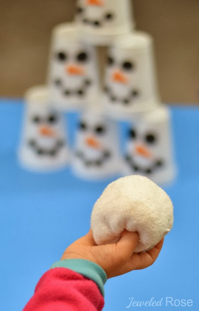 Christmas party ideas for kids Snowman slam game
