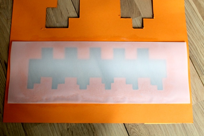 adding-tracing-paper-to-the-rear-of-the-minecraft-halloween-pumpkin