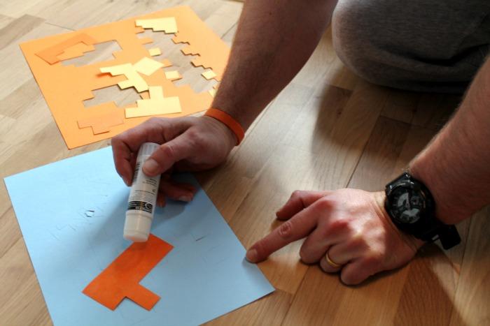 sticking-extra-blocks-on-to-your-minecraft-halloween-pumpkin