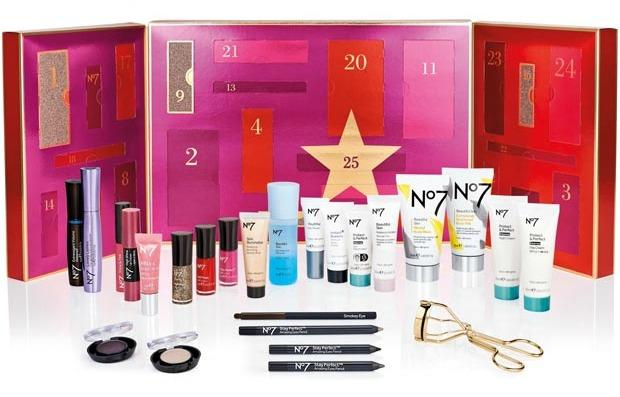 25 days of beauty no7 Christmas calendar