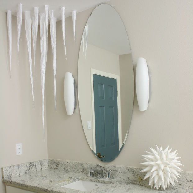 DIY Frozen Christmas Decorations Paper Icicles for your ceiling