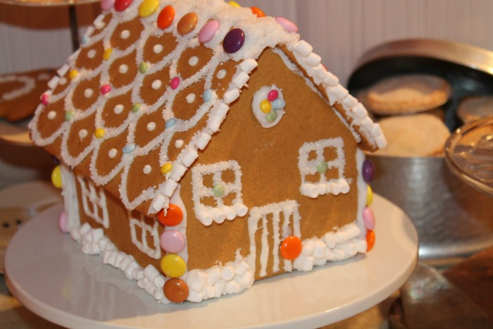 Spectacular Christmas Food at Morrisons - Gingerbread house