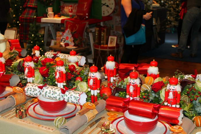 Tesco christmas food gifts in 2015 Christmas table dressing