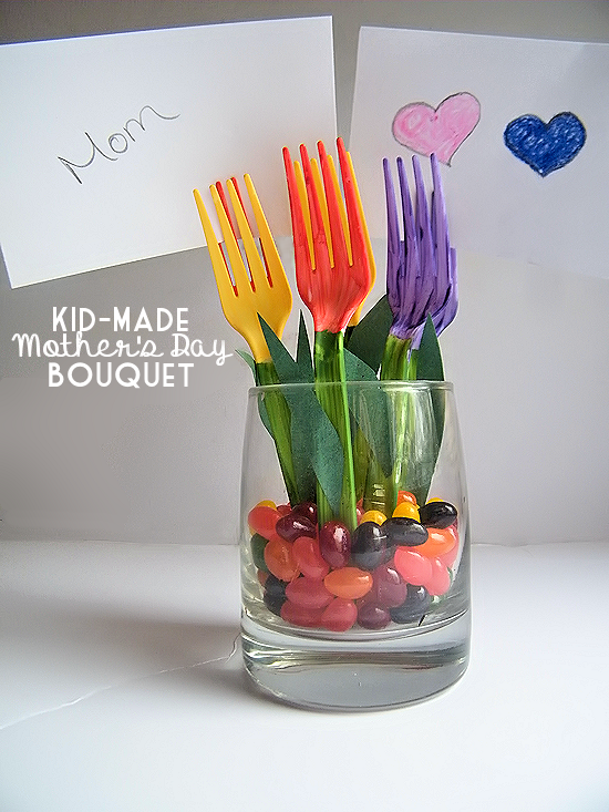 Mothers Day Craft Ideas - Kid Made Mothers Day Plastic Fork Bouquet