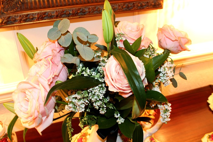 Perfect Gifts for Mother's Day - Debenhams Designer Elle elegant mother's day bouquet