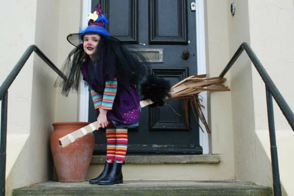 World Book Day Costume Ideas for Kids - Winnie The Witch