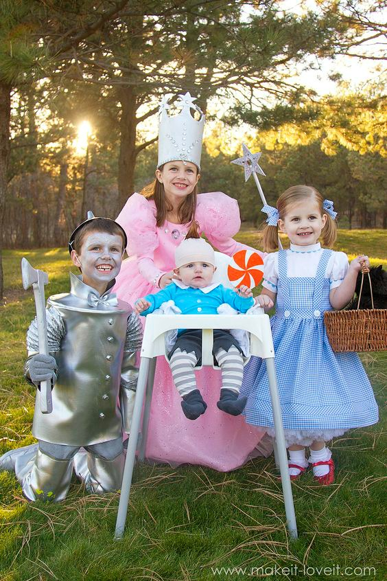 World Book Day Costume Ideas for Kids - Wizard of Oz Outfits