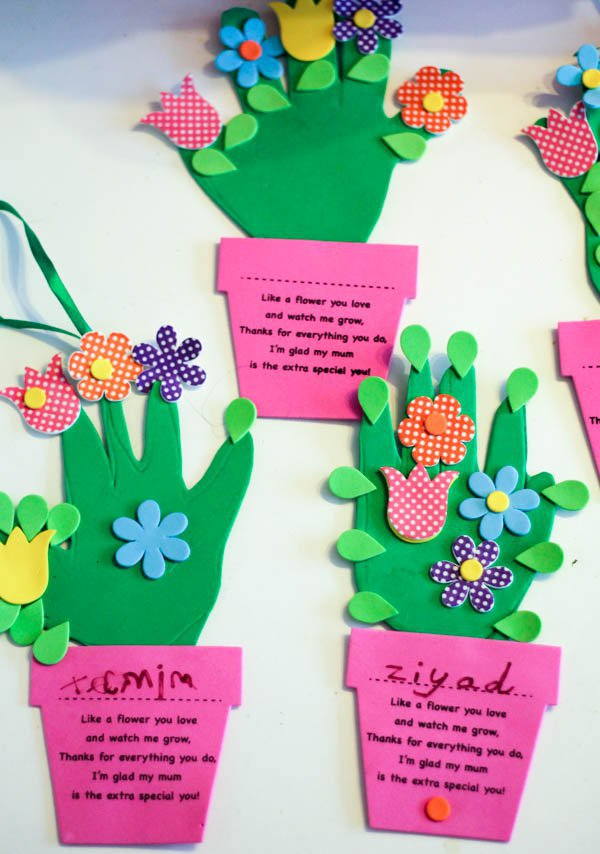 handprint-flower-pot-craft-for-mothers-day