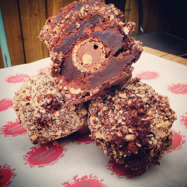 Easter Eggs - We test to bring you the best! -Brownie Heaven's Ferrero Scotch Brownie Egg