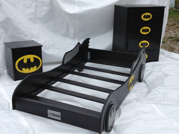 SuperHero-Batman-Bed-and-Drawers