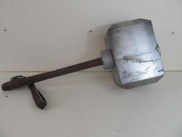 SuperHero-DIY-Thor-Hammer