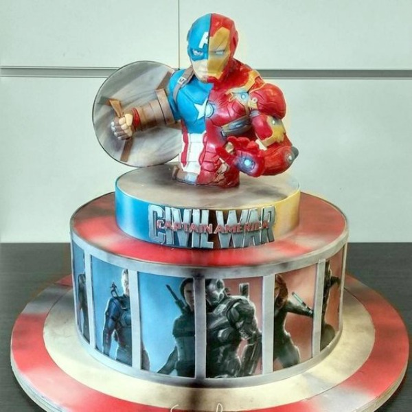 15 Captain America: Civil War Party Ideas - Birthday Cake