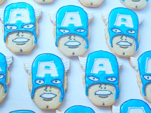 15 Captain America: Civil War Party Ideas - Captain America Cookies