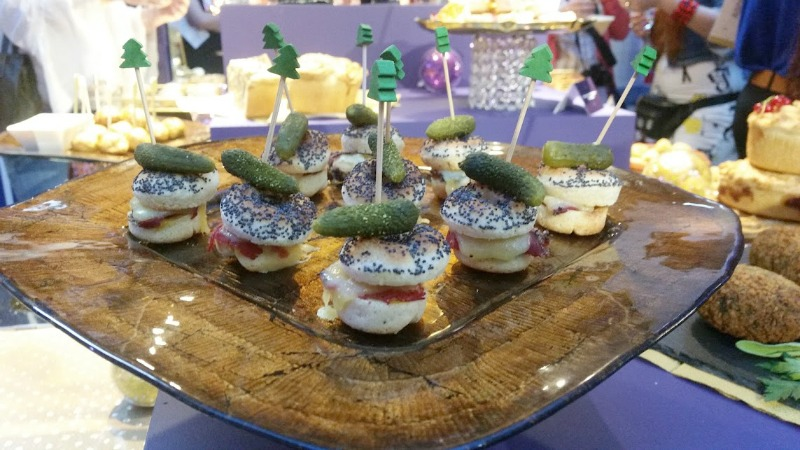 Asda Christmas Show 2016 - bagels mini