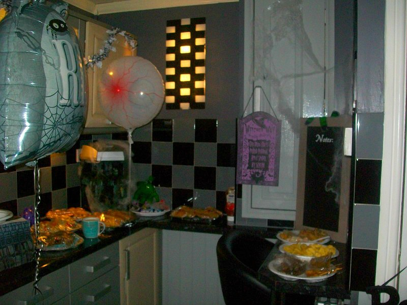 celebrate-with-party-ranges-from-poundworld-food-decorations