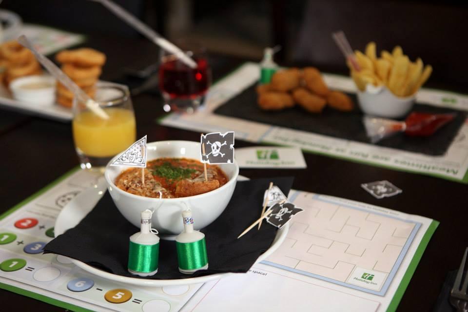 Holiday Inn - Magical Mealtimes